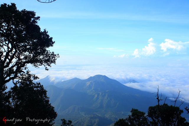 Pemandangan dari dekat pos 4 Pendakian Gunung Lawu